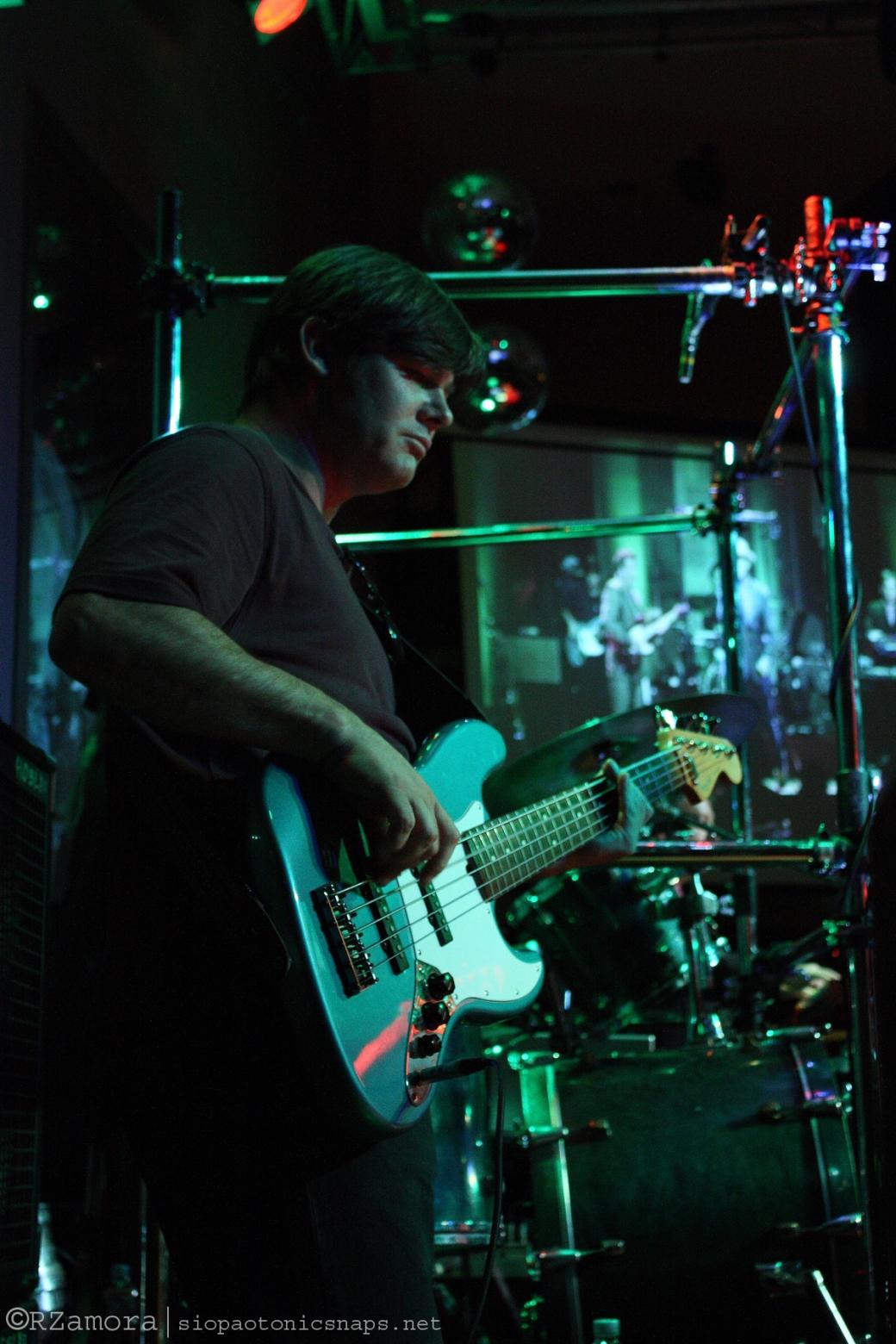 Eddie Robinson on Bass